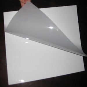Critical image with printable plastic sheet
